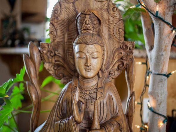 Bodhisattva Avalokitesvara – Kuan Im – Kisah Putri Miao San