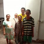 Ban Ban Kamsia – Telah Rampung Bedah Rumah Keluarga Tjiu Moi Sin. Dusun Sungsung, Sambas – Kalimantan Barat